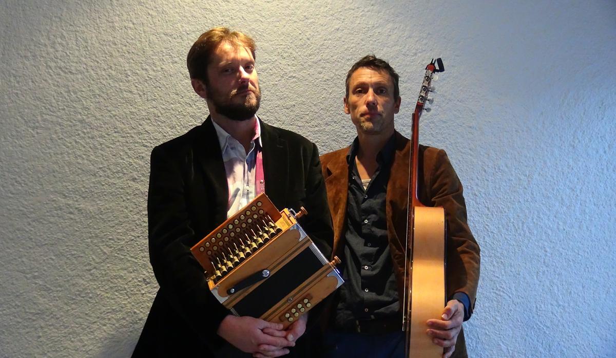 Concert de musique du monde par Samuel et Tangi Le Hénanff